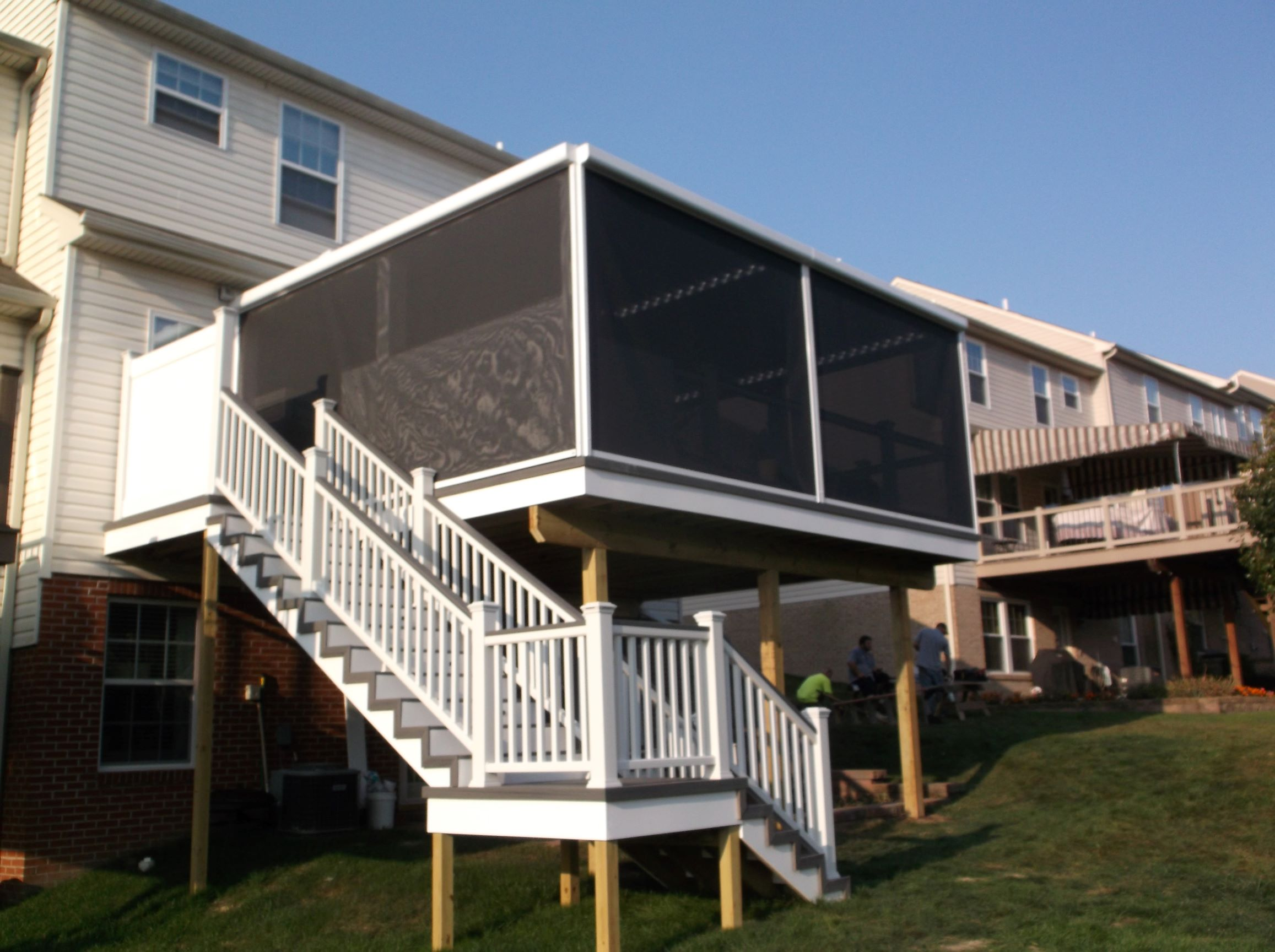 Retractable Screens| Retractable Awnings in Pittsburgh