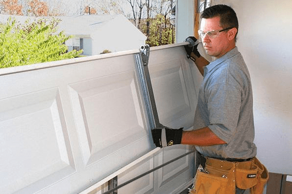 4 Reasons To Hire A Professional To Install Your Garage Door